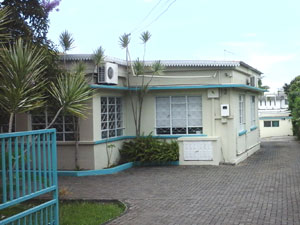 clinic-entrance4